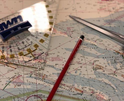 Navigationsbesteck Sportbootführeschein Sportküstenschifferschein