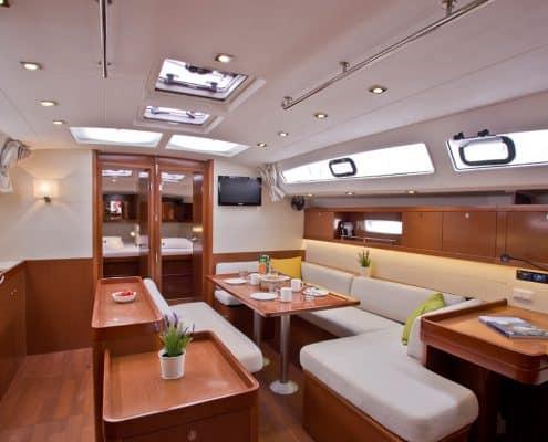 Yachtcharter Kroatien Segelyacht 2