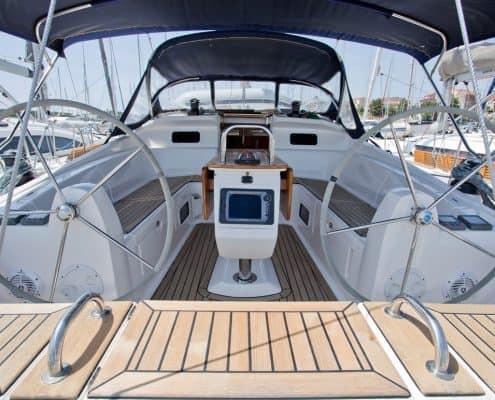 Yachtcharter Kroatien Segelyacht 38