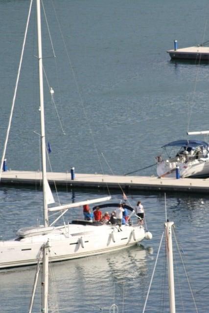 Anlegen im Hafen in Kroatien